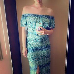 Loveappella boho off the shoulder maxi dress. Sz S